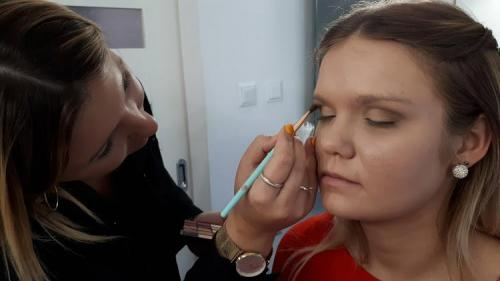 Akademia Aura Make Up